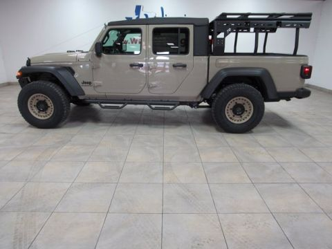 New 2020 JEEP Gladiator Sport S CUSTOM LIFTED