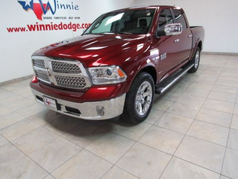 Pre-Owned 2017 Ram 1500 Laramie w/ Nav System & Sunroof
