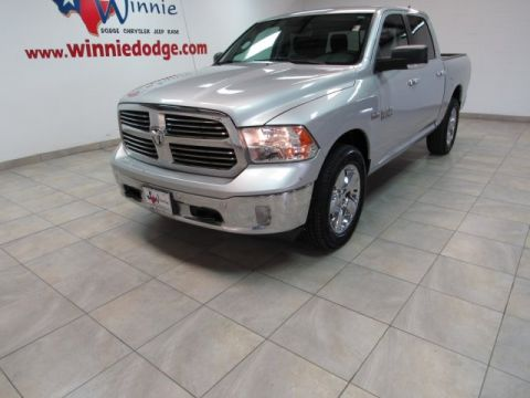 Pre-Owned 2017 Ram 1500 Lone Star 4x4 w/ Nav System & Back Up Camera