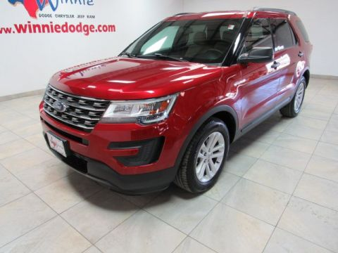 Pre-Owned 2017 Ford Explorer Base w/ Back Up Camera & 3rd Row Seating