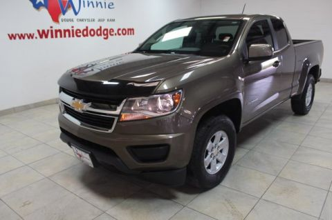 Pre-Owned 2016 Chevrolet Colorado 2WD w/ Back Up Camera