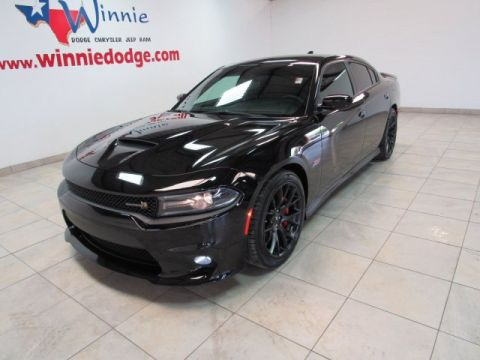 Pre-Owned 2018 Dodge Charger R/T Scat Pack 6.4 Hemi w/ Nav System & Beats Audio