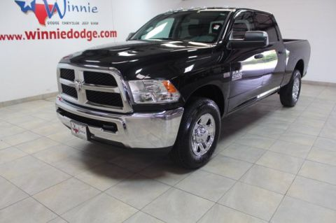Pre-Owned 2018 Ram 2500 Tradesman w/ Back Up Camera
